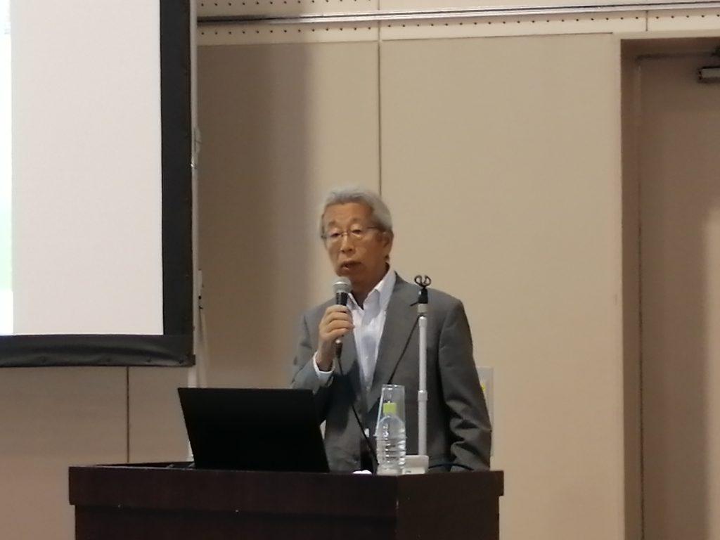 26(木)には、堀学長が「新潟経営大学が産官学金連携で目指すもの」と題して講演しました。